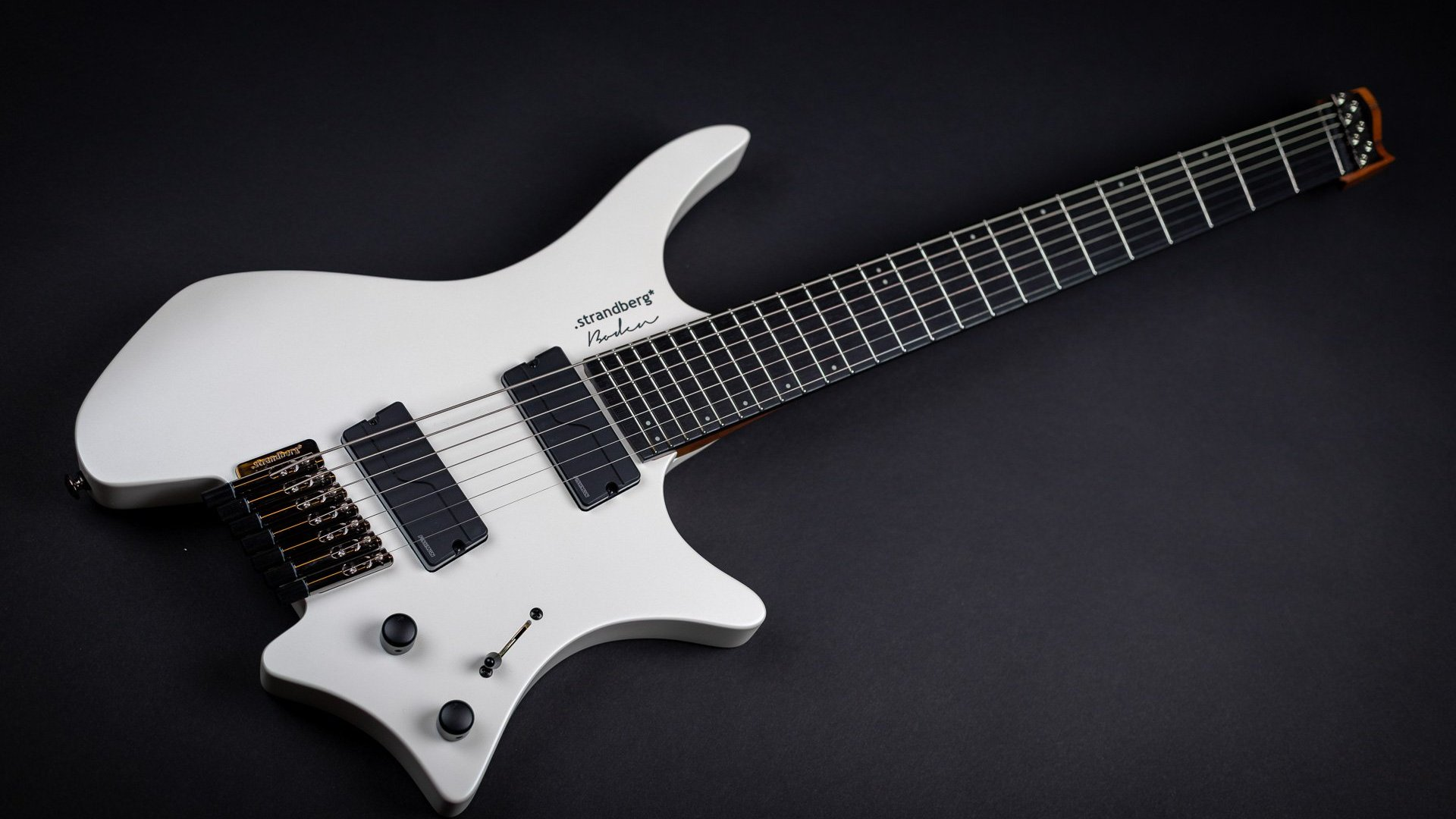 Headless guitar boden metal white 7 string front view