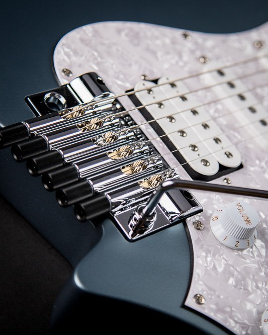Headless guitar Boden classic 6 string trem malta blue