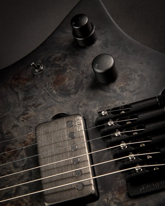 Headless guitar Masvidalen 6 string closeup