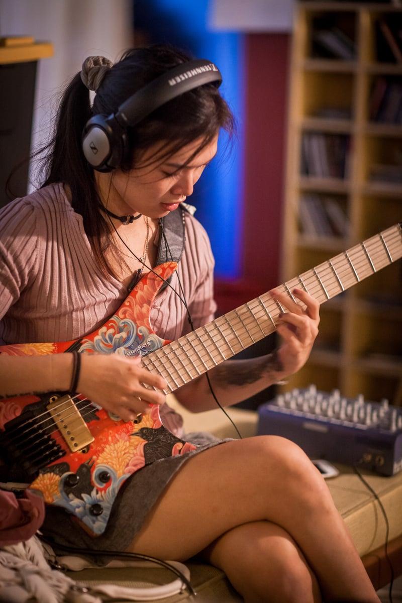 Yvette Young Custom Paint strandberg headless guitar