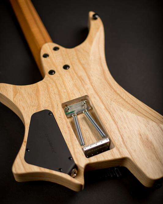 Headless guitar Boden Original Trem 6 string natural back view