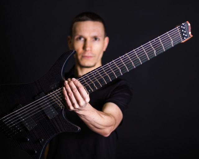 Headless Guitar True temperament overview photo