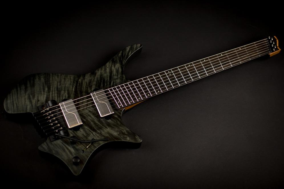 Headless Guitar Boden Prog Trem 7 string Black