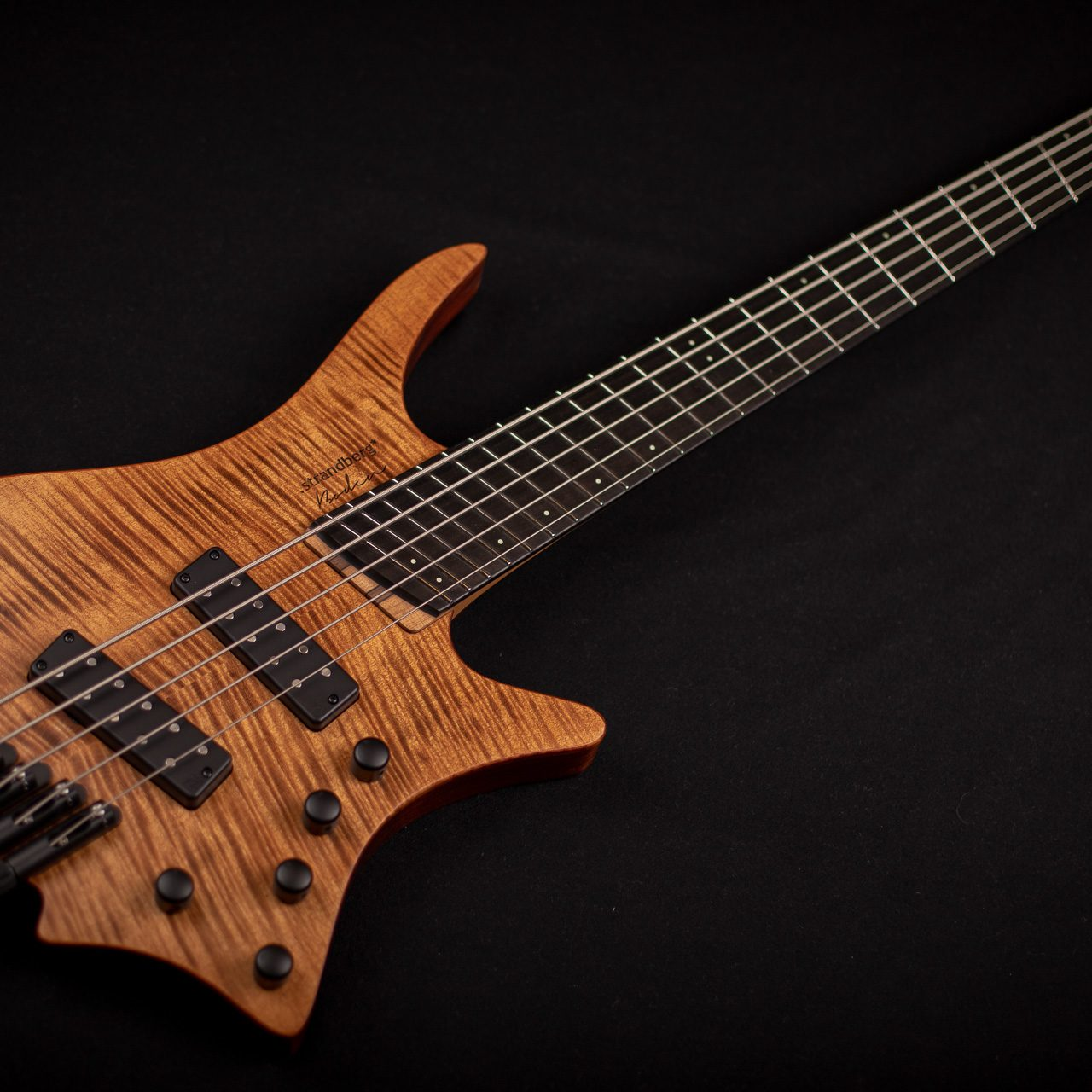 Headless boden BASS 5 string brown front view