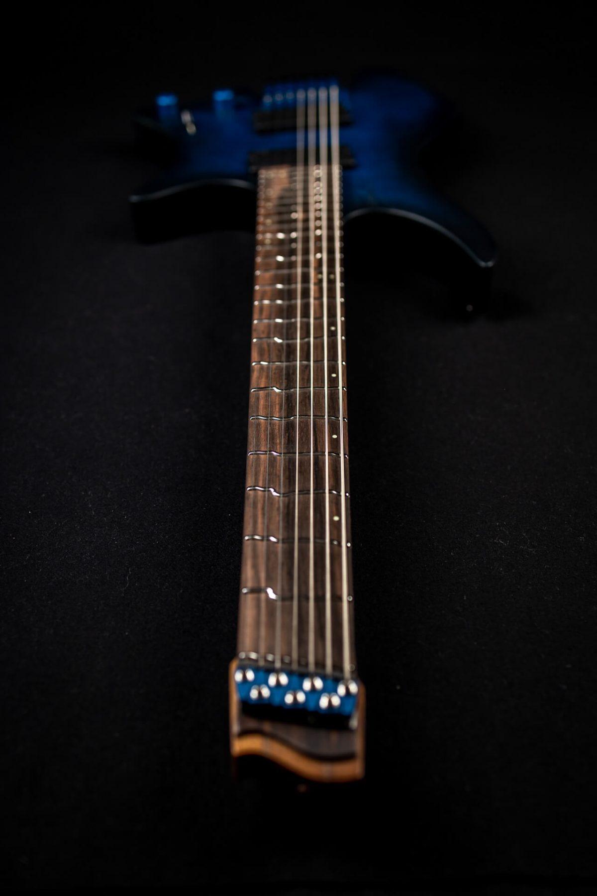 True Temperament headless guitar fretboard